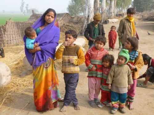 Wife of a labourer with her five children
