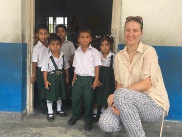 Laura von Give and Give mit den süßen Kleinen.