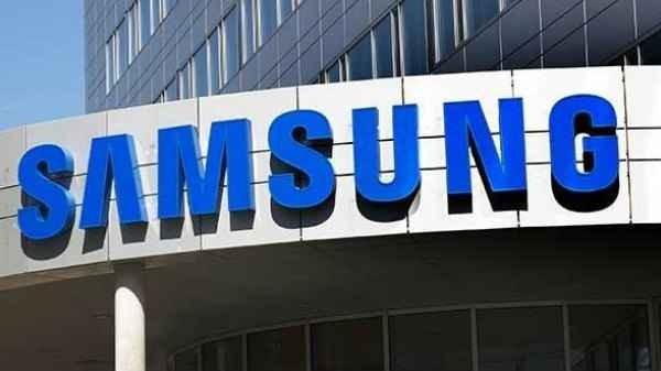 Samsung: 32% YoY Growth