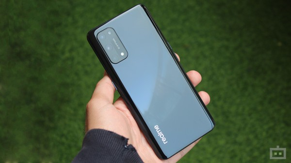 Realme X7 Pro Design- Same Old Chassis With Some New Touches
