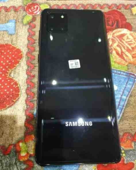 ENIL3FHWkAAkQj0 - تسريب صور حية لجوال سامسونج القادم Galaxy Note 10 Lite