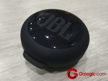 JBL Inspire 700