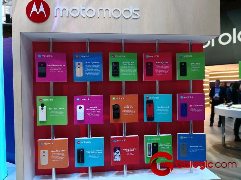 #MWC18: Lenovo nos enseña sus nuevos Moto Mods para smartphones Motorola