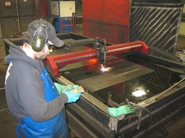 how much air does a plasma cutter need