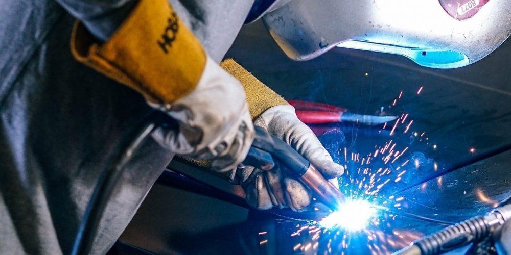 how long do welding gloves last