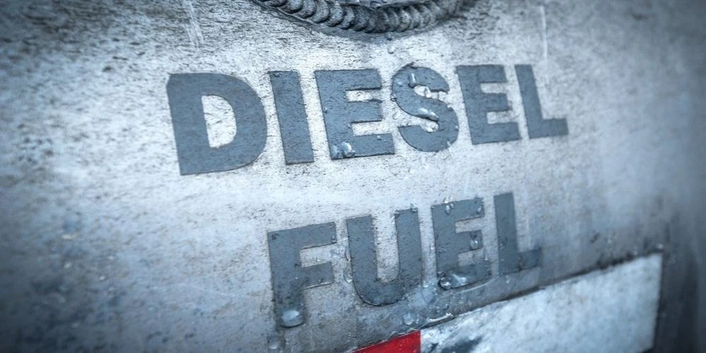how much does diesel weigh
