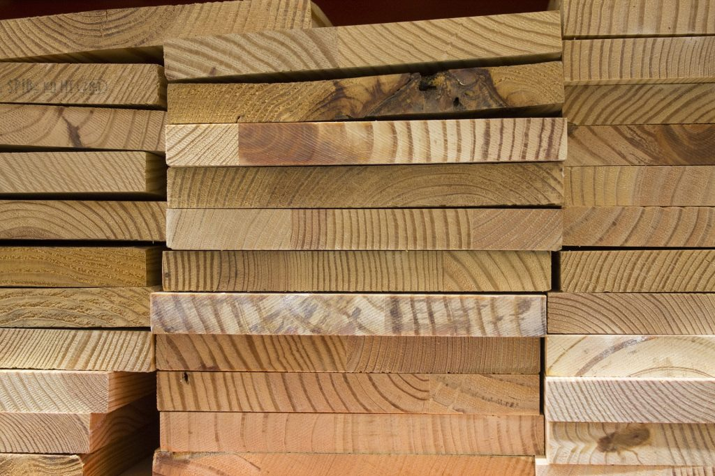 is it cheaper to buy lumber from lumber yard