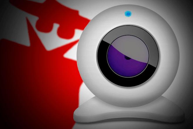 ¿Sabías que a través de la cámara de tu móvil podrían estar espiándote?