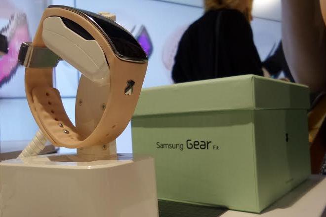 Samsung Gear Fit TOUS: Tecnología para dar la hora con glamour