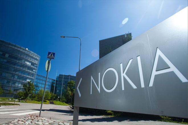Nokia vende sus mapas digitales