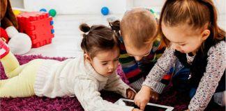 ¿Niños de dos años expertos en el uso de pantallas táctiles?