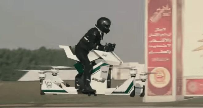 La policía de Dubai viajará en aerodeslizadores