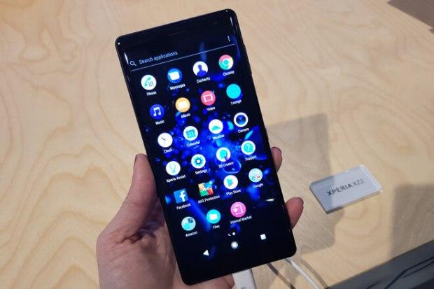 Sony Xperia XZ2 GizTab