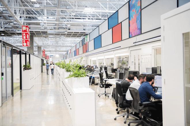 Son 14.000 m2 dedicados a la innovación especializada y los entornos industriales para la fabricación aditiva de plásticos y metales