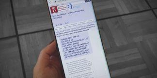 Móvil con la Web de INE para darte de baja y no recibir propaganda electoral