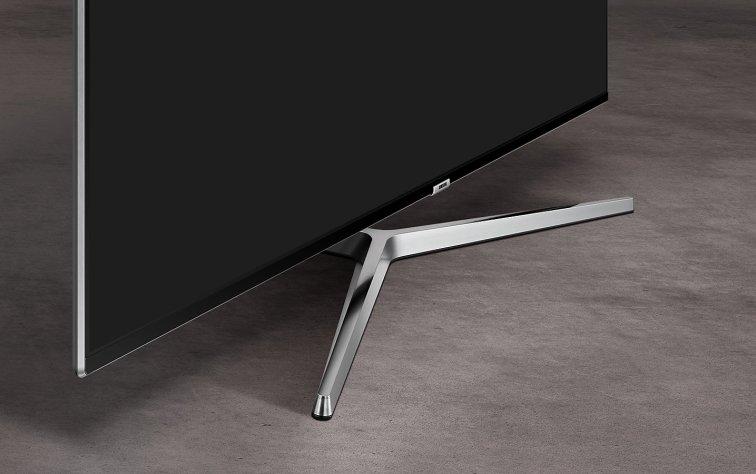 Bonita y estable peana de Samsung UE55MU8005