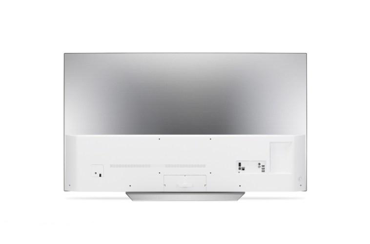 La conectividad del televisor se aloja en su trasera
