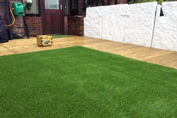 patio-decking-artficial-turf