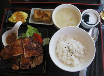櫻桃小鎮|台北內湖美食︱美食王國