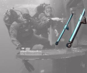 1241-divers-klock-struts