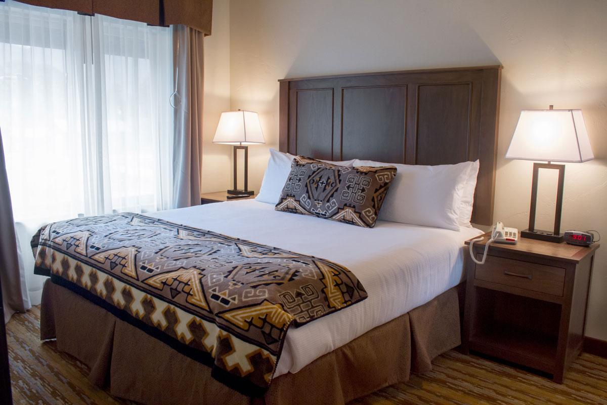 Rooms at Cedar Creek Lodge