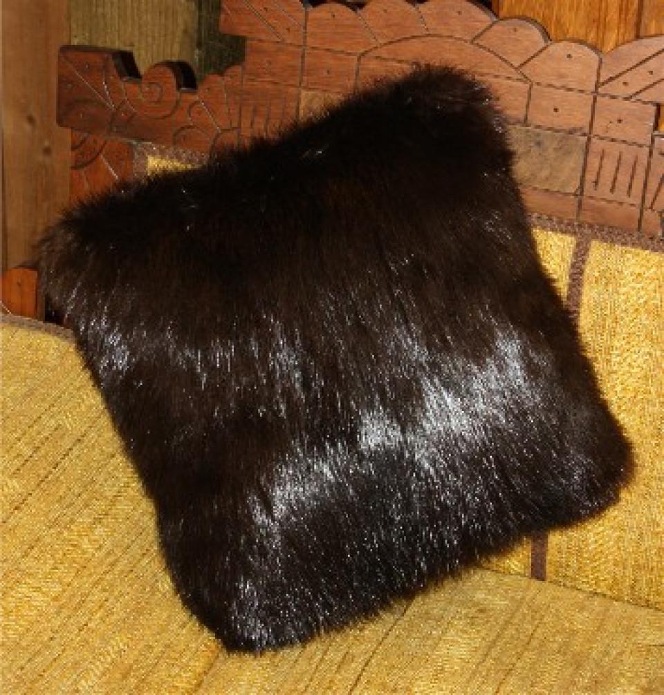Glacier Wear  Natural Black Beaver Fur Pillows For Sale