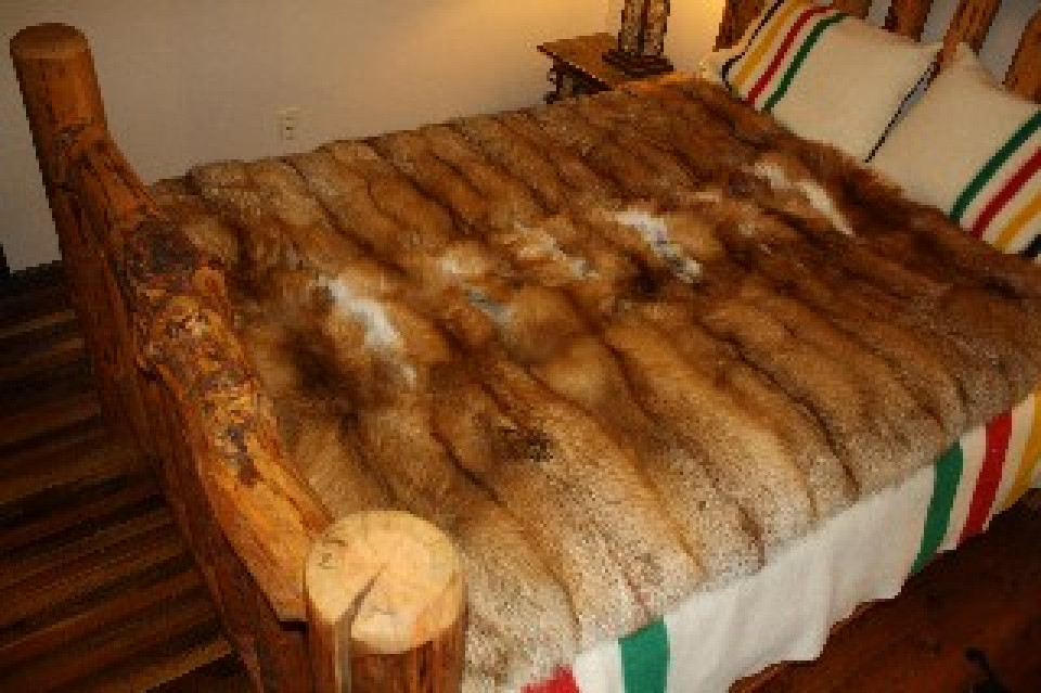 Glacier Wear  Red Fox Fur Blanket 60x 72 For Sale