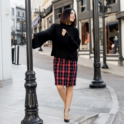 fashion blogger Maryam Nia wearing Anne Klein from Macys