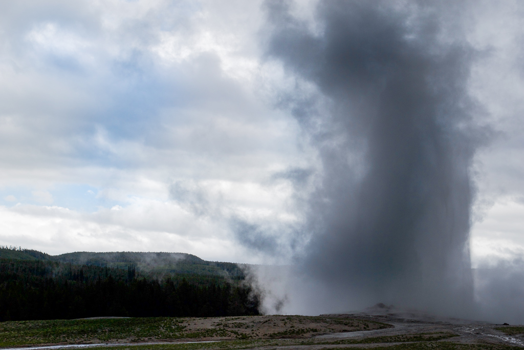 Old Faithful Geyser erupting, Yellowstone National Park