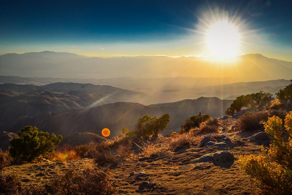 Sunset overlook in Joshua Tree