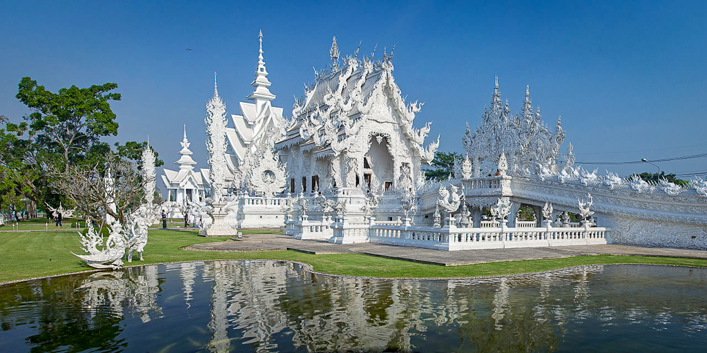 10 Day Thailand Itinerary for Adventurous Budget Backpackers and Solo Travelers