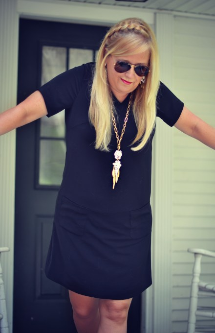 A custom created dress available online?  Yes, please!  PIOL is amazing!