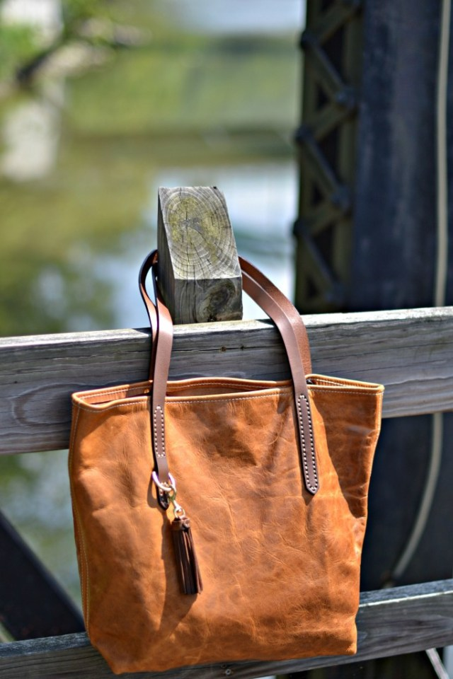 Fount Bags | Cleveland | GlamKaren.com