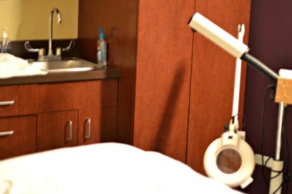 Massage Evny for Facials - Did you know? | GlamKaren.com