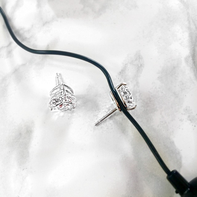 Functional Earrings Designed with Earbuds in Mind | GlamKaren.com