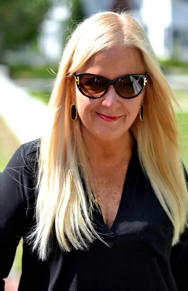 Chic Sunglasses you Need for Fall | GlamKaren.com