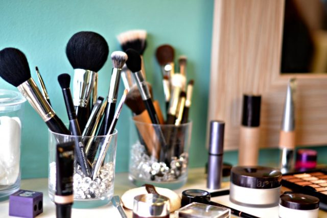 Genius Beauty Tools You Need (all under $5!)