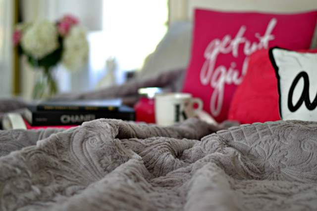 5 Stylist Tips: How to Layer your Bed like a Designer!