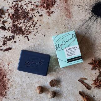 UpCircle Beauty Choco Charcoal Chai Seife