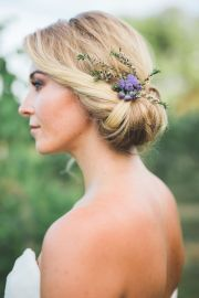 hairstyles and veils of