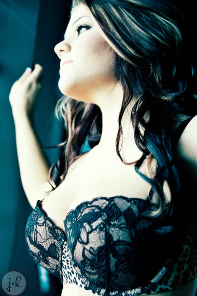 Lauren Valenti shot by Editor in Chief Jay Kilgore