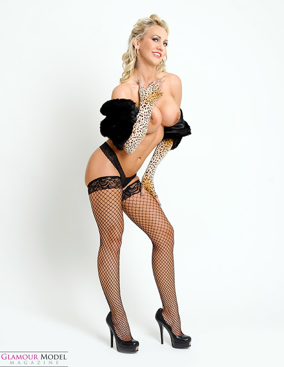 Jessie the pinup non model by Roger Talley