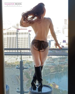 Lovely Amber checking out the Las Vegas scenery