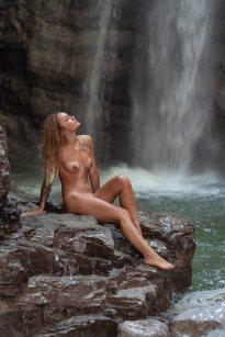 Erica-Vignola-Waterfall-by-Nico-Ruffato-7