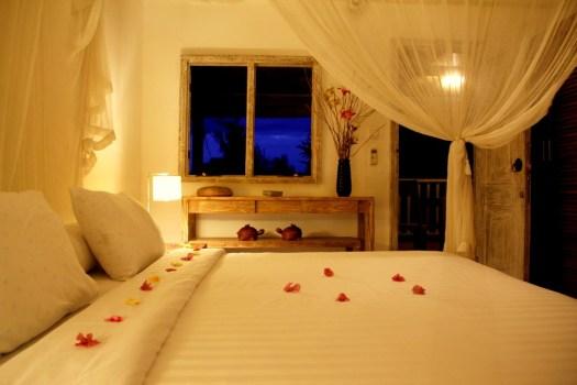 9-GiliEcoVillas-Bedroom