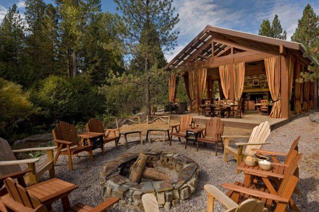 creekside-camp-firepit