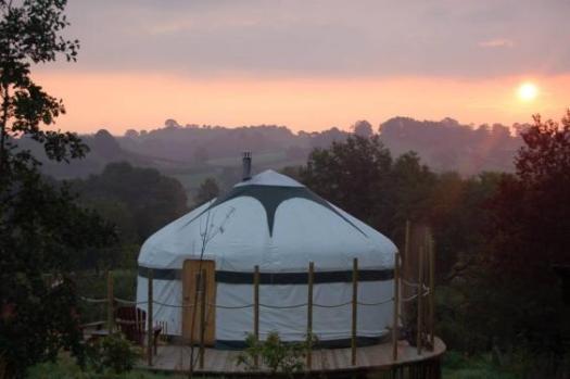 secret-yurts-2