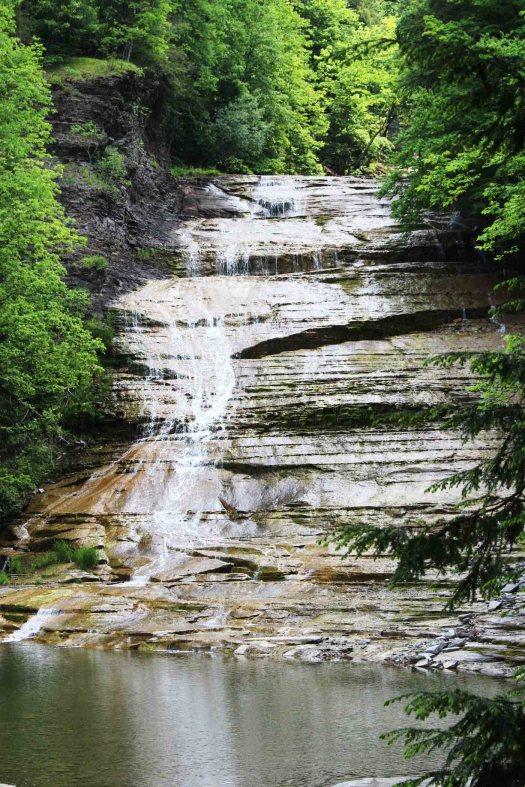 maria-berz-niagara-falls-finger-lakes-road-trip--7