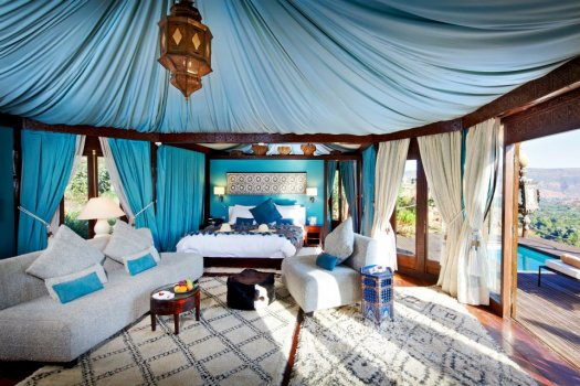 kasbah-tamadot-berber-tent-blue