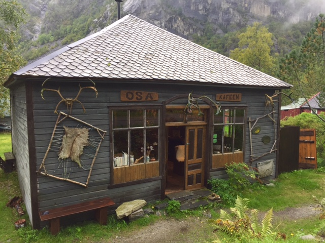 osa-kafeen-exterior-hardanger-basecamp